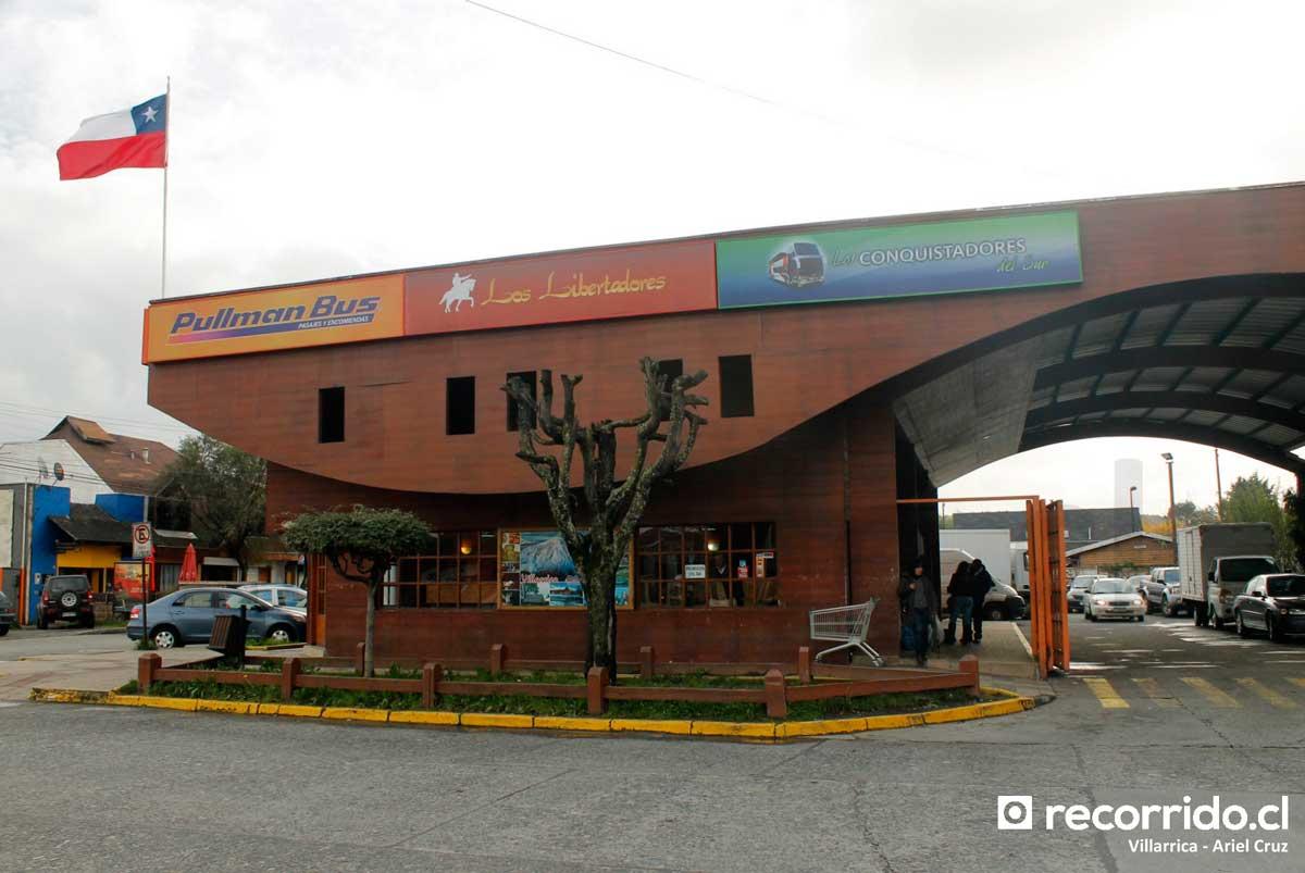 Terminal Villarrica - Pullman Bus - 1