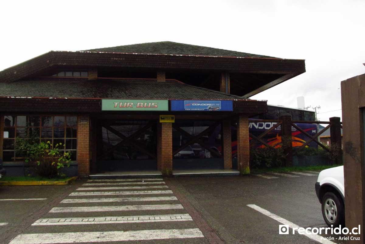 Terminal Pucón - Tur Bus - 1